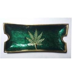 Posacenere rettangolare in ceramica verde con foglia di marijuana